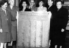 Newport War Memorial commemorative plaque.