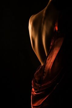 #sensitivebeauty  #womanbeauty  #fineness #back