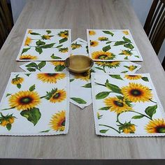tradičné textilné prestieranie, prestieranie na stôl, Napkins, Tableware, Floral, Kitchen, Placemat, Cuisine, Dinnerware, Cooking, Dishes