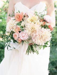 Wedding bouquet idea; Featured Photographer: Ashley Kelemen Photography