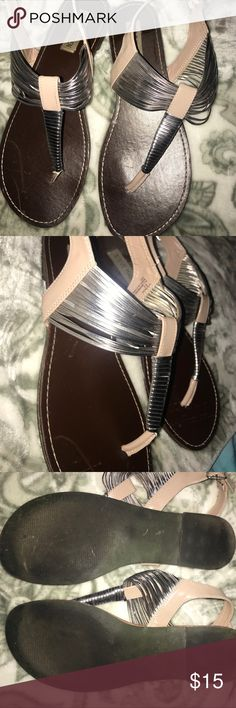 GUC Steve Madden Sandals perfect for summer! Beautiful Steve Madden sandals worn a handful of times. Priced to sell :) Steve Madden Shoes Sandals