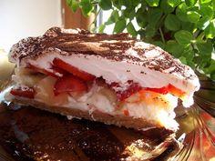 Tort cu mascarpone si fructe Deliciu de Weekend Sandwiches, Food, Banana, Mascarpone, Eten, Paninis, Meals, Diet