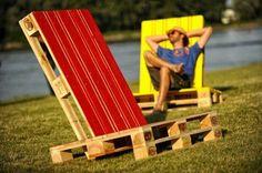 Liegestuhl Garten selber bauen streichen rot gelb Ideen