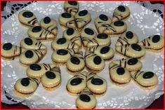Vánoční cukroví :: Jiříkova kuchařka Meringue Cookies, Macaroons, Mini Cupcakes, Doughnut, Easter, Christmas, Recipes, Food, Macaroni
