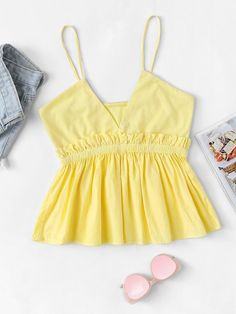 Shop Frill Trim Ruffle Hem Cami Top at ROMWE, discover more fashion styles online. Fashion 2020, Look Fashion, Girl Fashion, Fashion Fall, Fashion Styles, Cotton Shorts Women, Blazer Fashion, Fashion Outfits, Casual Outfits
