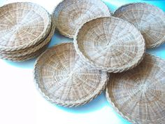 Rattan Wicker Plates, Vintage Picnic BBQ Camping Paper Plate Holders, Reusable Woven Rattan Plate Liners or Decorative Trays, Set of 10