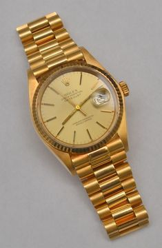 Rolex Watches For Men, Luxury Watches For Men, Cool Watches, Wrist Watches, Mens Gold Rings, Mens Fashion Suits, Mens Suits, Vintage Rolex, Rolex Datejust