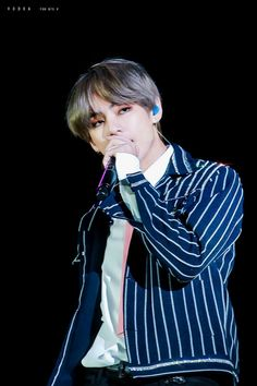 Find images and videos about kpop, bts and v on We Heart It - the app to get lost in what you love. Namjoon, V Taehyung, Zodiac Capricorn, Hip Hop, Cute Alien, Bulletproof Boy Scouts, Daegu, Record Producer, Taekook