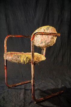 Noëlle's chair nº1 Silla customizada por Marie-Noëlle Ginard Féron para Can Monroig, a partir de una silla antigua, usando materiales orgánicos. #Noelleschairs #chairs #chair #design #sculpture #art