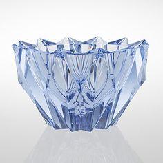 "AIMO OKKOLIN - A crystal bowl ""Lumpeenkukka"" (Water Lily) for Riihimäen Lasi Oy, Finland. Glass Design, Design Art, Bottle Cutting, Lassi, Tom Dixon, Fine Furniture, Modern Contemporary, Art For Kids, Decorative Bowls"