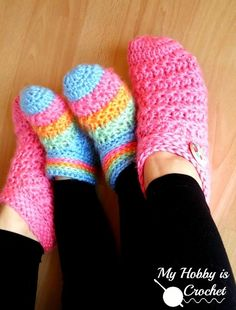 You'll love to make these Comfy Crochet Slippers for the whole family! Get the FREE Patterns now in adult and kids sizes.