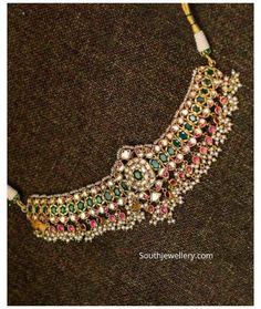New Gold Jewellery Designs, Gold Temple Jewellery, Jewelry Design Earrings, Latest Jewellery, Indian Gold Jewellery, Indian Gold Necklace Designs, Gold Haram Designs, 1 Gram Gold Jewellery, Women's Jewelry