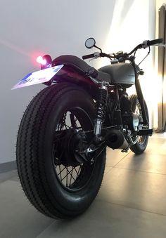 Honda CM Full Black By Dauphine - Lamarck