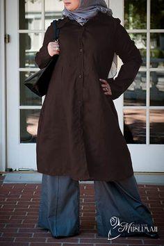Work or Play Plus Size Long Blouse - Knee Length - $19.99 #modest #plussize #fashion #muslimah https://www.plussizemuslimah.com/product/brown-linen-woven-long-tunic/