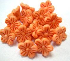 30 Vintage beads peach flowers 8mm by oritdotan on Etsy