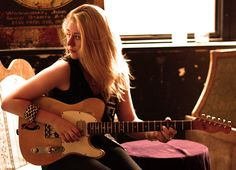 Joanne Shaw Taylor #blues #guitar #woman
