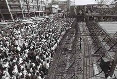 EDSA Revolution #barricades Revolution, City Photo, Past, History, Past Tense, Historia