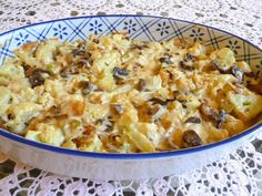 SPLENDID LOW-CARBING BY JENNIFER ELOFF: COMPANY CAULIFLOWER CASSEROLE -  special enough for company.  Visit us at: https://www.facebook.com/LowCarbingAmongFriends
