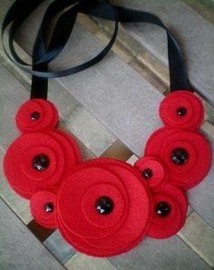 Bib necklace...flower by NoPlainTs on Etsy
