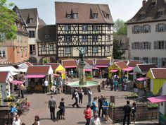 Colmar will in a friendly athmosphere greet the arrival of Spring. 2 Easter markets, which will give you the opportunity to enjoy the first rays of su . Times Square, Easter 2015, Celebrities, Spring, Travelling, Dreams, France Vacations, Places To Visit, Landscapes