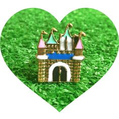 You'll be taken away to Disneyland wearing this charming ring! Material : AlloyProduct Size : 1.75 CMFully adjustable