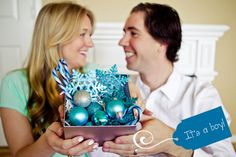 Such a cute gender reveal idea if your finding out at Christmas time!