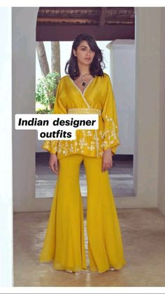 Indian Fashion Dresses, Indian Designer Outfits, Pakistani Dresses, Designer Dresses, Ethnic Outfits, Teen Fashion Outfits, Diy Fashion, Fashion Design, Indian Wedding Outfits