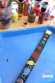 Paint Stick Solar System Project - this is such a fun way for kids to learn about our solar system and the name of the planets (homeschool, social studies)
