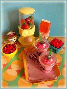 miniature - Berry Shake (28/365) | Flickr - Photo Sharing!