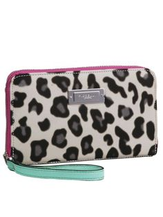 Love clutches