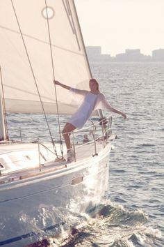 sail by georgedimen