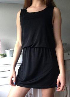 Kup mój przedmiot na #vintedpl http://www.vinted.pl/damska-odziez/krotkie-sukienki/20925362-czarna-sukienka