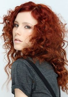 Beautiful colour & great cut for curls.