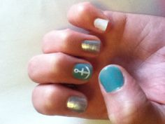 This is a cute idea for people with short nails.
