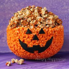 This Popcorn Bowl Jack-O-Lantern is going to be smack dab in the middle of my dessert table this...