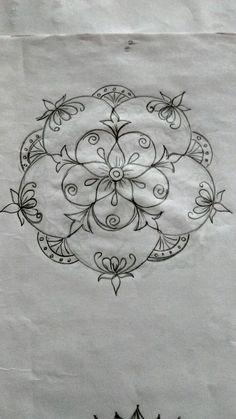 Small Rangoli Design, Rangoli Designs With Dots, Rangoli With Dots, Beautiful Rangoli Designs, Simple Rangoli, Rangoli Colours, Rangoli Patterns, Rangoli Kolam Designs, Quilting Designs