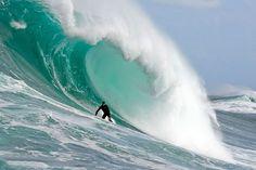 Top Ten Most Dangerous Waves You`d Be Crazy To Swim In