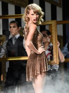 """It's true: She's a nightmare dressed like a daydream! Taylor Swift makes revenge look oh-so-sweet while opening Sunday's American Music Awards with a performance of """"Blank Space"""" inside Nokia Theatre L. Taylor Swift Hot, Taylor Swift Style, Red Taylor, American Music Awards, Miss Americana, Ethel Kennedy, Star Wars, Wtf Face, Taylor Swift Pictures"""