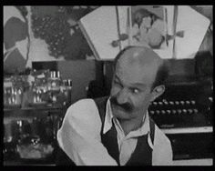 This guy shows up in a lot of Laurel and Hardy pictures, he's really goofy Stan Laurel Oliver Hardy, Laurel And Hardy, Hollywood Actor, Classic Hollywood, Funny And Gold, Harold Lloyd, Comedy Duos, The Other Guys, Cult Movies
