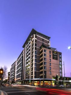 Meriton Serviced Apartments George Street, Parramatta Sydney Located on the banks of the Parramatta River, the stylish Meriton Serviced Apartments Parramatta features an indoor pool, a fitness centre and a hot tub. Guests enjoy 1 GB of free in-room WiFi per 24 hours.