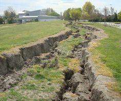 Fracture - Christchurch earthquake, 2013 New Zealand Earthquake, Christchurch New Zealand, San Francisco Earthquake, Pavement, British Isles, World History, Homeland, Luxury Travel, Geology