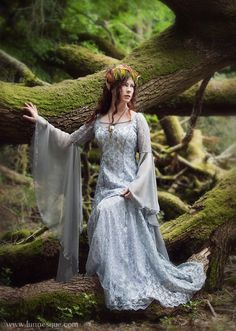 In love in love in LOVE with this elven dress!!!!