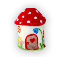 Felted fabulous fairy / Gnome House amanita by LaFiabaRussa, €45.00