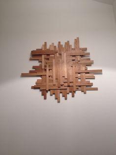 Tableau avec lattes de bois en chêne