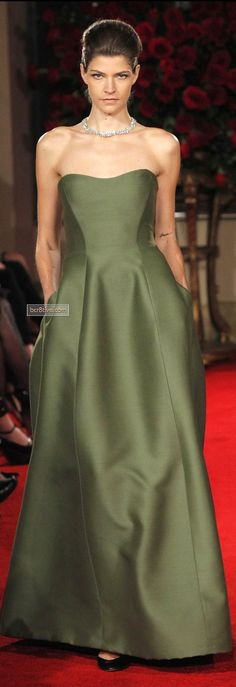 Alberta Ferretti FW 2013-14 | clover strapless flooor-length evening gown | high fashion