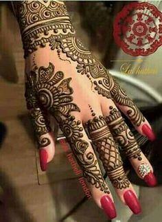 """Recent bridal henna ❤️ This is becoming a very popular design amongst my brides recently. Wedding Mehndi Designs, Mehndi Patterns, Arabic Mehndi Designs, Latest Mehndi Designs, Mehndi Designs For Hands, Simple Mehndi Designs, Henna Tattoo Designs, Henna Tattoos, Henna Art"