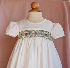 Website with helpful sewing ideas and tutorials for children's clothing