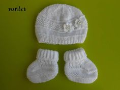 a8b0e6bb3fc1 Baby girl hat set white baby hat and booties sets newborn booties and  hat baby clothes baby knitting knitted baby boots baby set knit. tricot bébé  ...