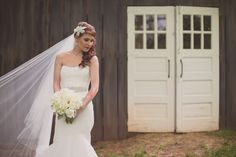 Vintage Barn Wedding with Peonies, Callas and Garden Roses | Photo by Britt Simmons | Flowers by Tami McAllister