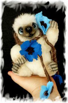 FIORE the blue eyed hedgehog  by Francesca Boretti, KALEideaSCOPE
